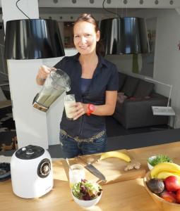 Grüner Smoothie Zubereitung - lebe bewusst Ernährungsberatung